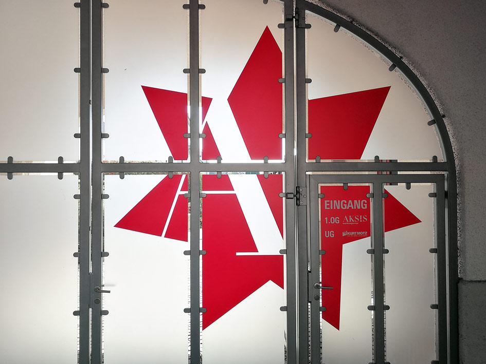 Aksis Werbeagentur und Internetagentur in Ulm bekommt neues Erscheinungsbild von außen