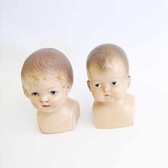 Insights - Zwei Puppenkoepfe