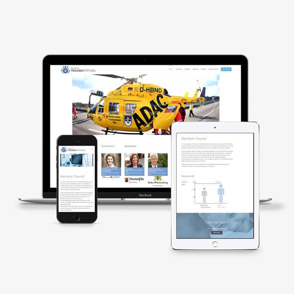 Darstellung der responsiven Website auf verschiedenen Geräten