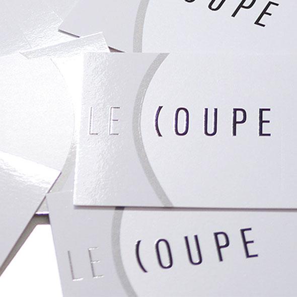 Mit partiellem Lack veredelte Visitenkarten für Le Coupe