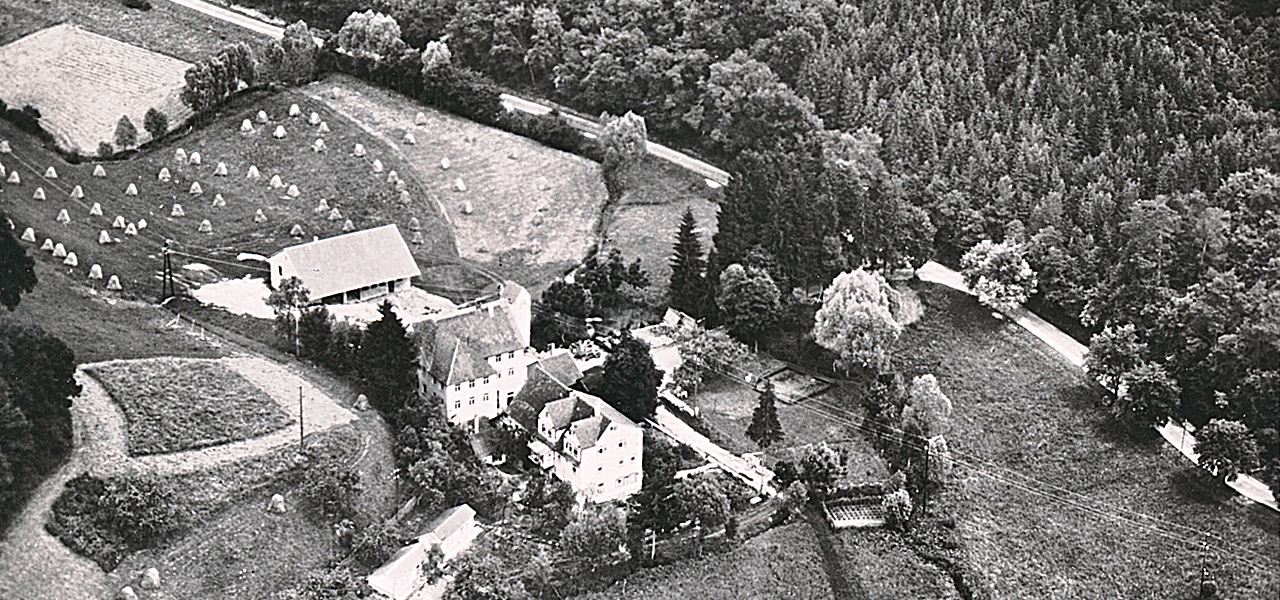 Schwarz-Weiß-Foto der Ölmühle Ditzingen