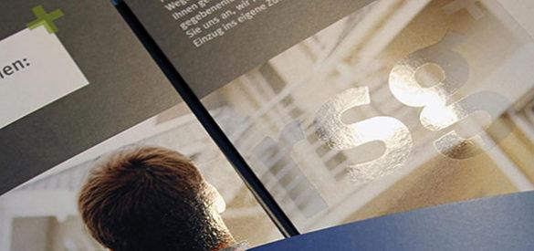 Detailansicht der Verdeleung auf dem Imageflyer der rsg financial services, den die AKSIS Werbeagentur entwarf
